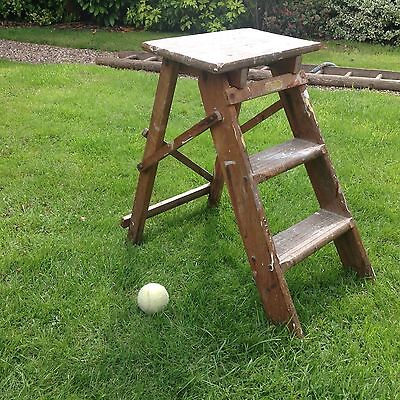 Vintage   Stuning Small 2 Tier Wooden Step Ladders
