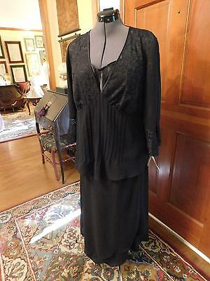Gorgeous Mother Of The Bride Or Groom Black Crepe & Chiffon 3-Piece Ensamble 14W