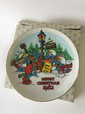 Smurf 1982 Christmas Collectibles 'The Smurf Carolers' 1st Edition  7 inch Plate