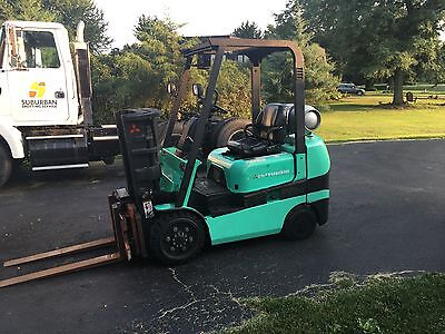 Mitsubishi Model FGC25K 5000lbs Capacity Forklift with working LTS scale