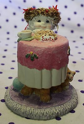 Dreamsicles Angel Cherub Figurine WAITING ON SANTA Milk Cookies Christmas 11318