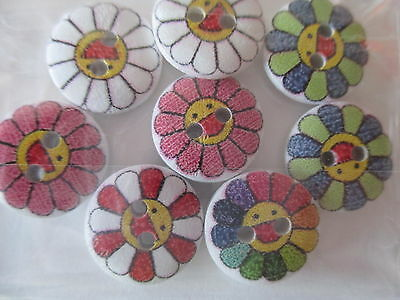 8 x 15mm Wooden Buttons Chicken Face Flowers Sewing or Scrapbooking No.823