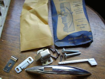 Vintage NOS CHROME Cabinet DOOR Pulls Handles w Push Button Latch Catch Akron