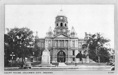 Columbia City Indiana Court House Street View Antique Postcard K70133