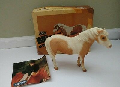 Breyer Palomino Misty of Chincoteague no. 20 with box