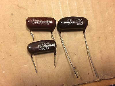 LOT OF VINTAGE Mallory Cornell Dubilier Capacitors