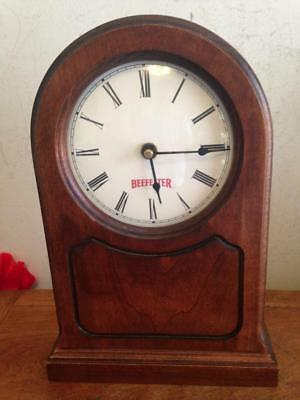 Vintage Beefeater Gin Desk Mantle Clock Solid Wood Wisconsin Clock CO.