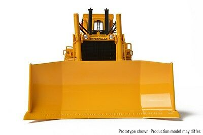 1:48 CCM CAT D10 Track Type Tractor with U Blade