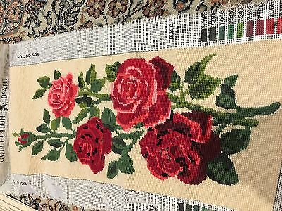 ROSES (RED) - Tapestry by Collection D'Art