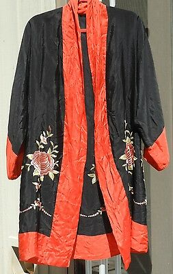 Vintage Black w/ Red Trim Rose Embroidered Asian Chinese Kimono Robe UNUSUAL