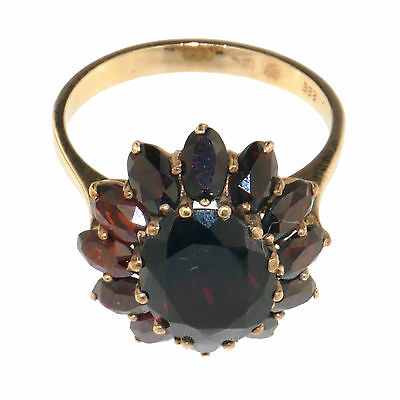 (1726)Early 20 th century gold and garnet ring