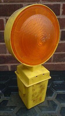 Roadworks lamp