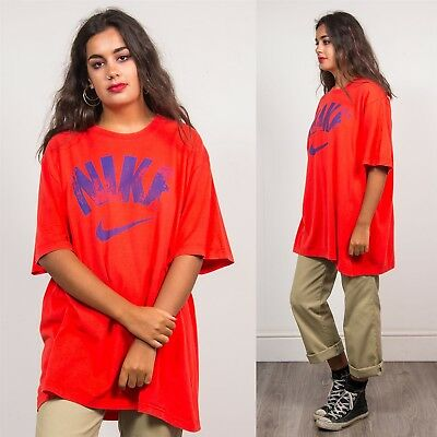Nike Retro Womens Unisex Red Sports Crew Neck T-Shirt Top Distressed Wavey 22