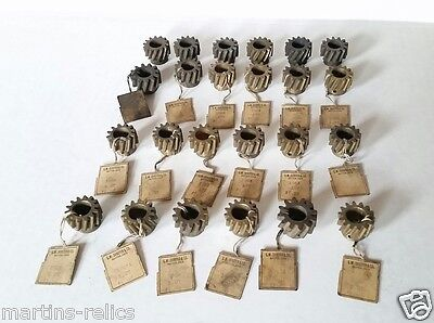 Lot Of 24 Antique Helical Screw Gears, Various Sizes ~ Nos ~