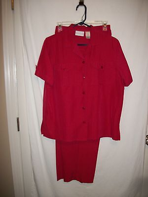 Alfred Dunner Sz 14 Red Short Sleeve Stripe Casual Pants Set / Inseam of 28