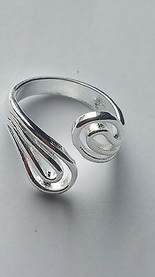 925 Sterling Silver Plated Adjustable  Thumb/finger  Ring For Women Twin Fins