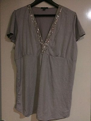 EUC Patch grey maternity top with sequins - size XL