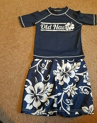Old Navy boys size 4T Blue Hawaiian swim shorts and shirt