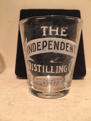 Pre Pro Etched Whiskey Shot Glass Independent Distilling Co Kansas City, Mo
