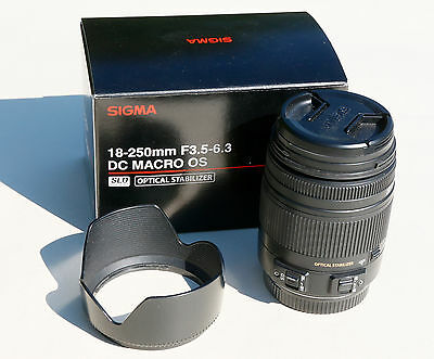 Sigma 18-250mm f/3.5-6.3 DC Macro OS HSM Lens Canon fit