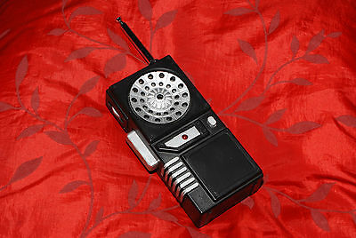 Snakes modified Fanon Walkie Talkie - Escape from New York - with sound effect