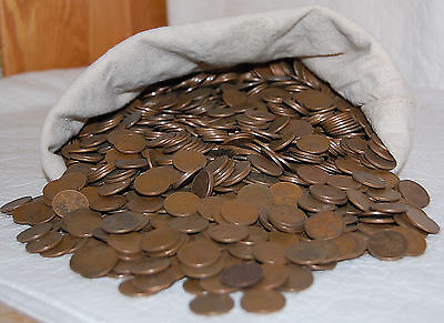 1. Paperchasesue's One Bag Of 5000 Lincoln Wheat Cents - Always Sell!