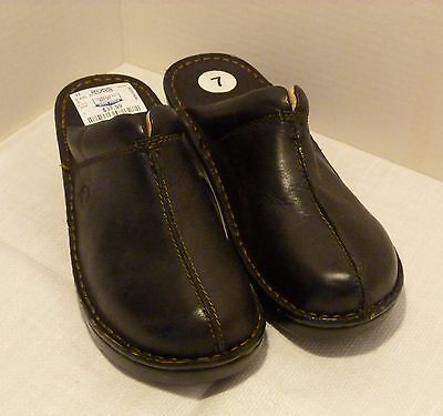 Women's Born Brown Leather Slip-On Clogs, Mules, Loafers, Size 7 New No Box