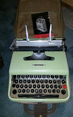 Vintage Olivetti  green Lettera 22 Typewriter Working order.clean.with case.etc