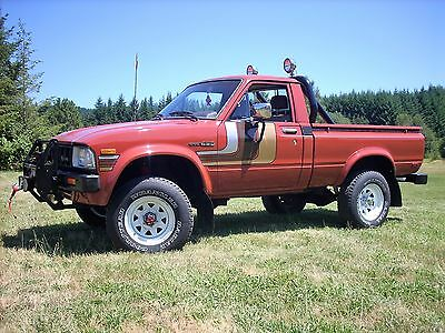 1983 Toyota DLX Deluxe 1983 First Generation 4WD Toyota Pickup Truck 5-Speed DLX Deluxe Model