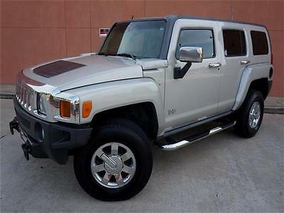 2006 Hummer H3 LUXURY PACKAGE 4WD 2006 HUMMER H3 LUXURY LEATHER SUNROOF NAVIGATION HEATED SEAT CHROME WHEELS!!
