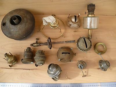 Old Lot Of Kero Lamp Light Fittings, Parts Lot (F872)