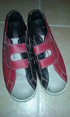 Used kids bowling shoes, U.S. youth size 2 1/2, 2.5, very good condition, velcro