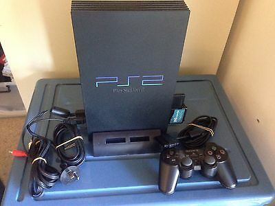 Playstation 2 Console 1 Controller/ 7 Games