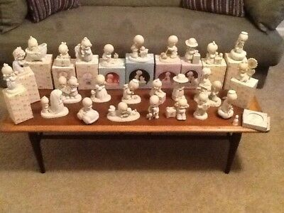 Precious Moments Figurines - Amazing Lot Of 25 Figurines