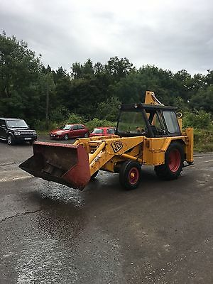 Jcb 3C mk 11 digger with 2 buckets