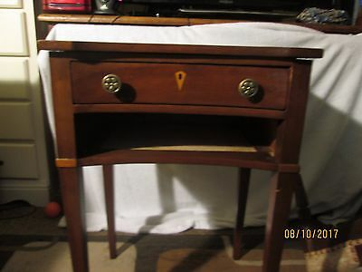 Vintage Statton Cherry Endtable, sidetable, Trutype, Americana