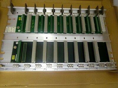 Siemens 6Es5700-2La22 Cr700-2F Mounting Rack For S5-115F Central Controller