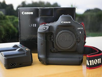 *PAY $3550* Superb Canon EOS 1DX 18MP 14FPS DSLR Camera - shutter count < 13k