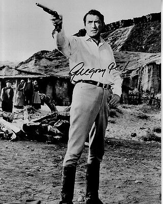 GREGORY PECK hand-signed BIG COUNTRY 8x10 w/ uacc rd coa WESTERN DUELING PISTOLS