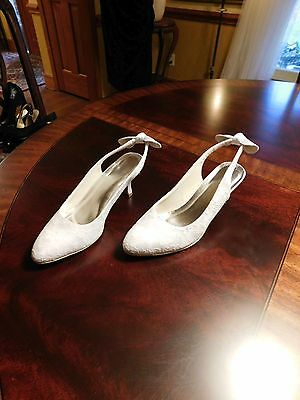 Beautiful Satin & Lace Wedding Shoes In White European Size 41 - Us Size 9 1/2