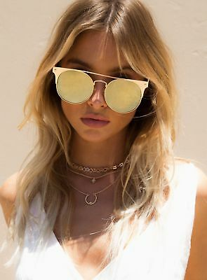 New Women's Quay Gold In The Crowd Sunglasses