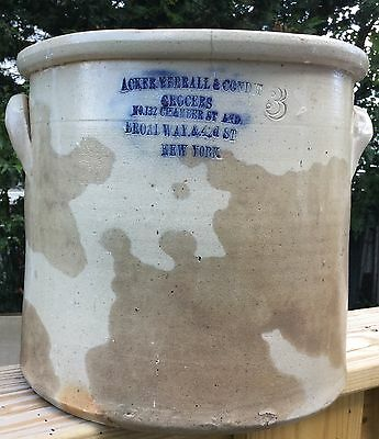 ANTIQUES 3 GAL ACKER MERRALL & CONDIT GROCERS STONEWARE CROCK No. 132 CHAMBER ST