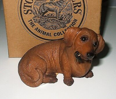 Stone Critters Playful DACHSHUND WITH KEYS Figurine In Box