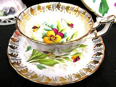 Royal Chelsea Tea Cup And Saucer Painted Pansy Floral Pattern Teacup Gold Gilt