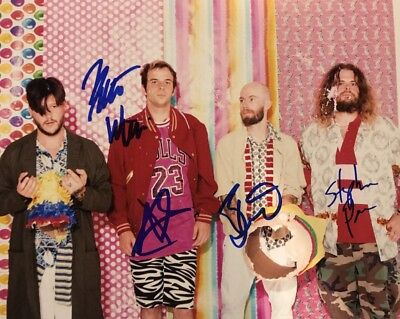 WAVVES FULL BAND HAND SIGNED 8x10 PHOTO INDIE ROCK AUTOGRAPHED HOT AUTHENTIC!!