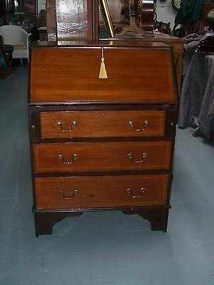 Edwardian inlaid mahogany bureau with fitted interior and 3 drawers under