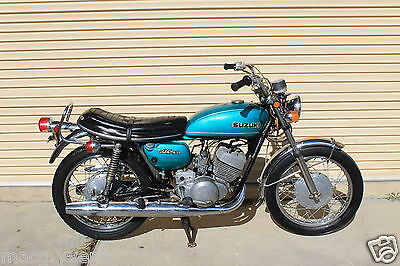 Suzuki.t250.1971.runs great.tidy bike.gt250