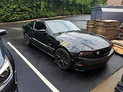 2011 Ford Mustang  2011 Ford Mustang GT 5.0L Premium Coupe
