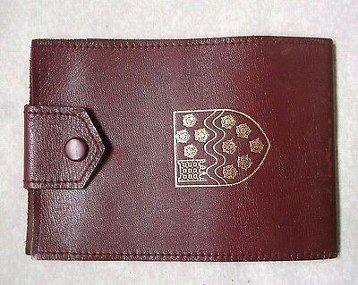 VINTAGE RETRO REAL LEATHER CHEQUE BOOK WALLET CRESTED SHIELD EMBLEM 1970s 1980s