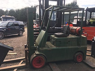Hyster S100B Gas Compact Forklift 5.0 Ton Lift
